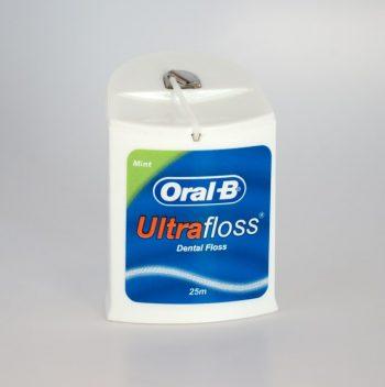 ORAL B Dental Floss